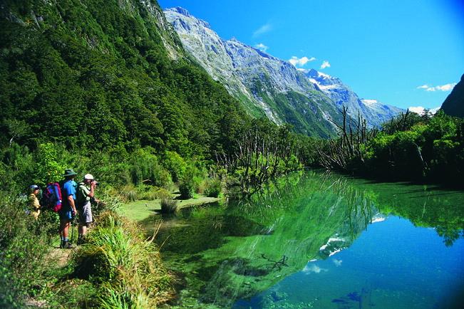 新西兰旅游景点,新西兰景点,新西兰南岛景点,峡湾地区景点,峡湾景点
